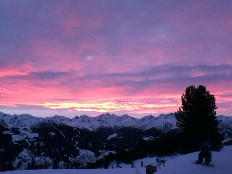Early Bird - Morgenstund hat Gold im Mund - Kaltenbach, Hochzillertal, Tirol, Austria