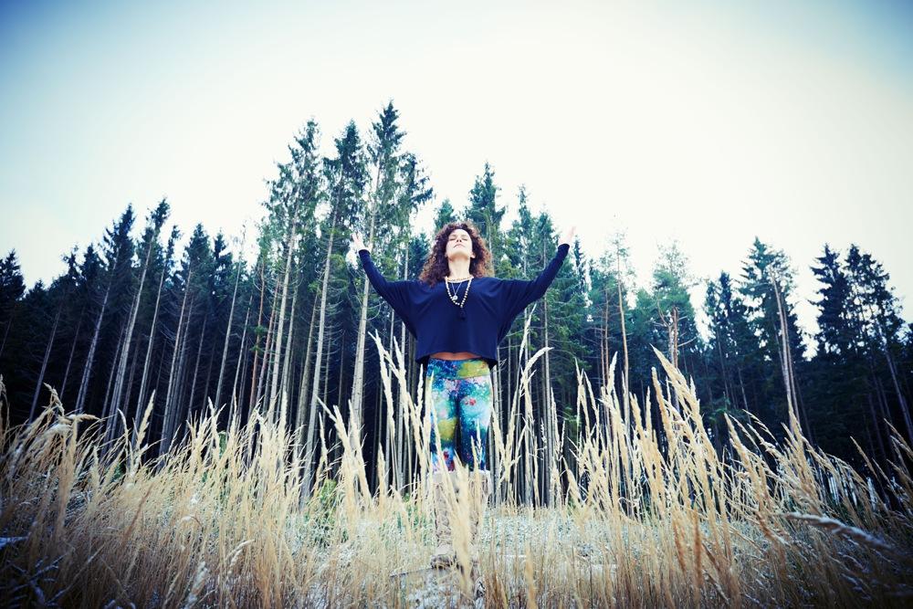 Wintersport Yoga - Home Practice - Tadasana Prana Mudra