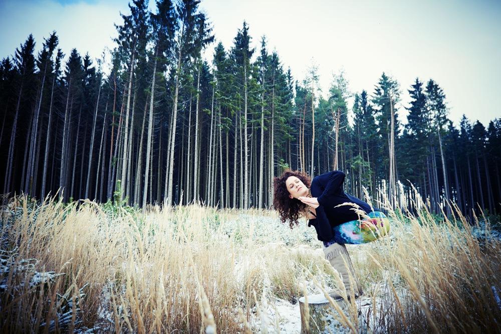 Wintersport Yoga - Home Practice - Parivrtta Utkatasana