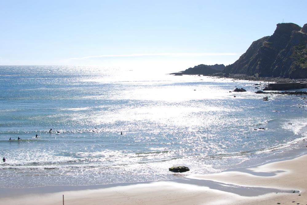 Roxy Week - Jah Shaka Surf Lodge - Arrifana