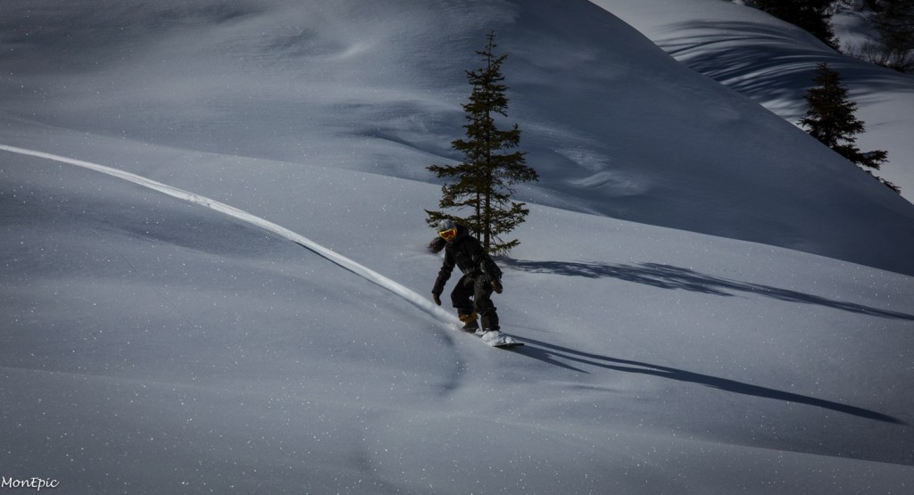 Vans Snow Day 2015 Mayrhofen - Äsmo Snow Surf Session with Wolle Nyvelt, photo by Andreas Monsberger Monepic