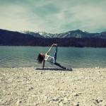 Surf Yoga Sequence – Vasisthasana – photo: Conny Marshaus