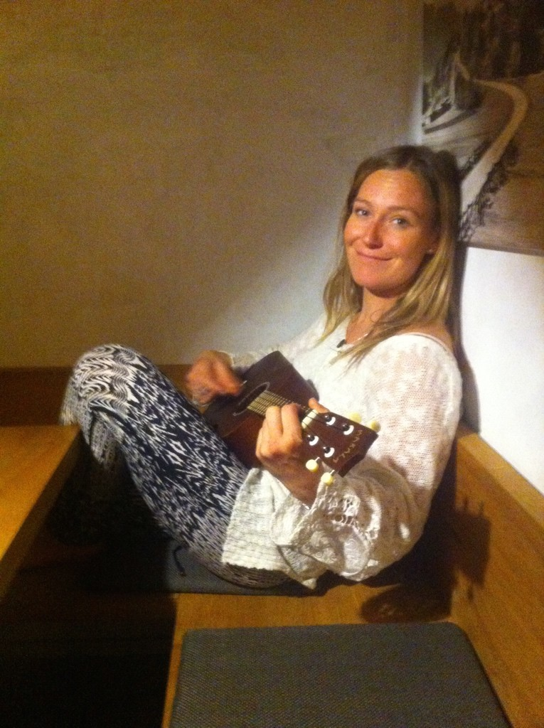 Jamie Anderson playing her Ukulele at the GoPro Athletes Camp in Laax