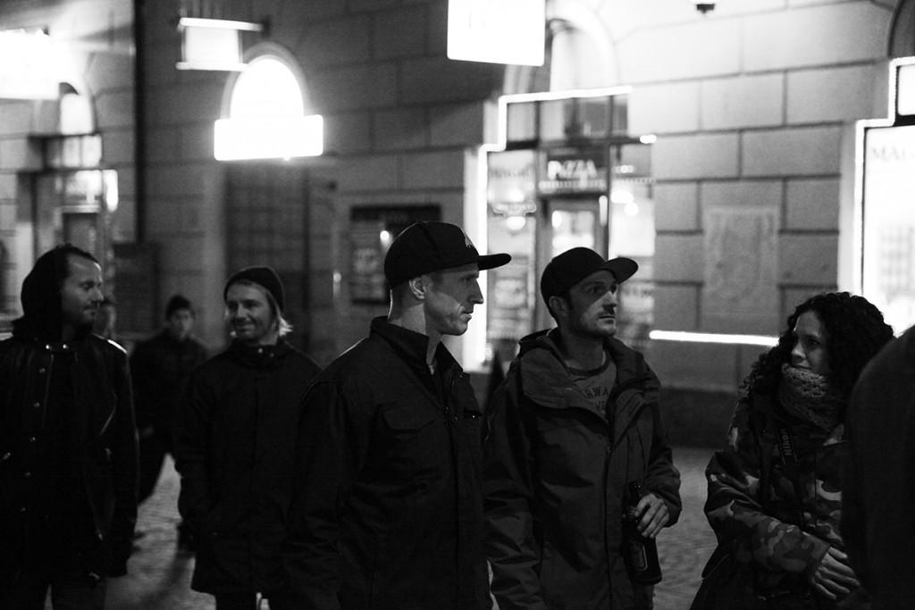 Oakley_SnowboardingForMe_MoviePremiere_Innsbruck_Chatting_Terje_Hakonsen